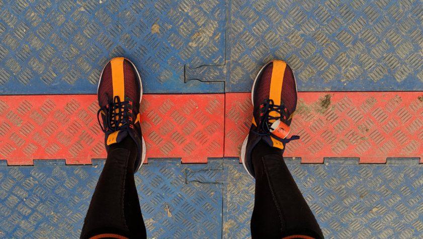 Jak wiązać buty do biegania